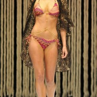 Jennifer-Hawkins-Bikini-Body