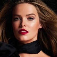 Robyn-Lawley-Face