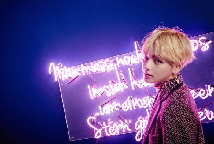 V kim taehyung hair wallpaper