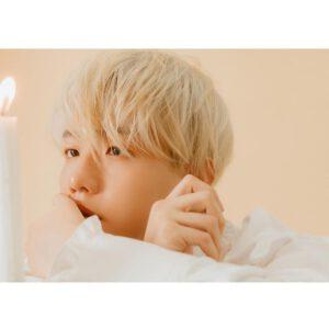 Baekhyun face blonde hair