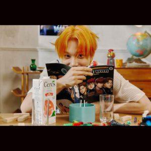 Kai reading manga
